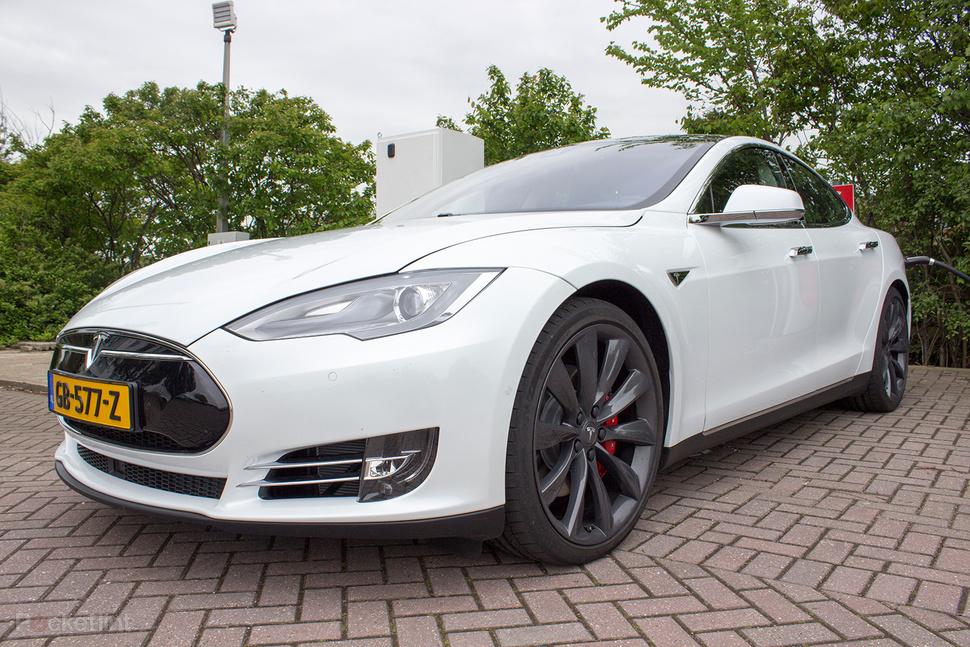 Tesla P85D electrique